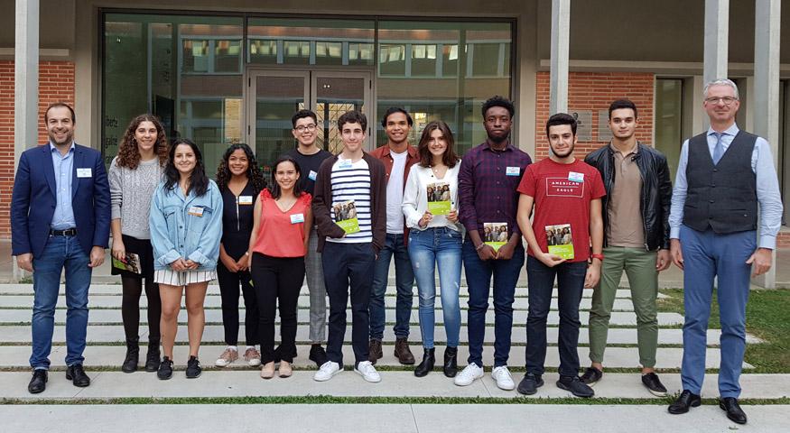 Photo de groupe des participants de la réunion d'accueil de nouveaux boursiers Excellence-Major à Toulouse, le 10 octobre 2019