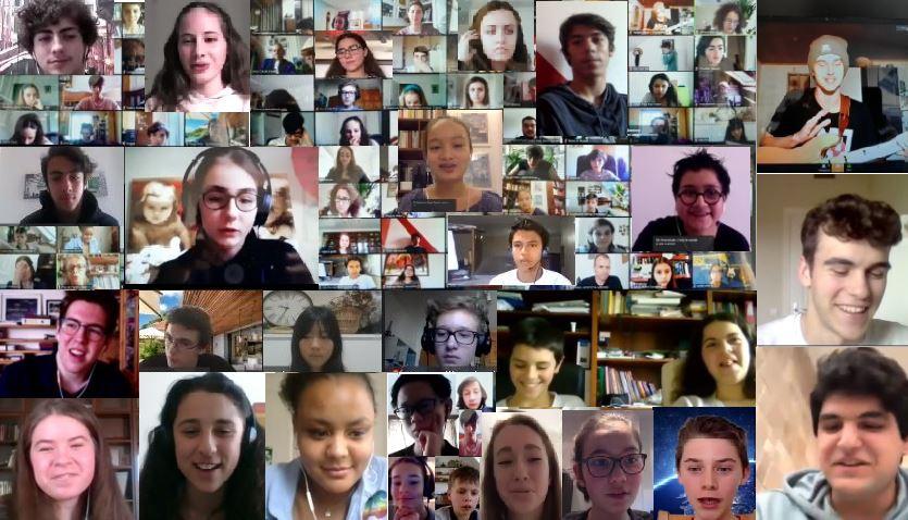 Visuel : mosaïque des visages des élèves prticipant au tchat