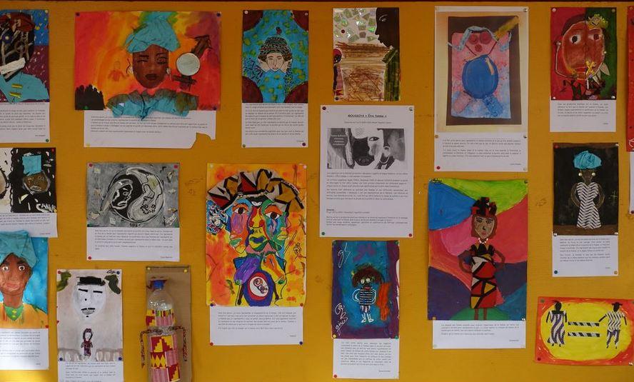 Photographie de travaux d'élèves
