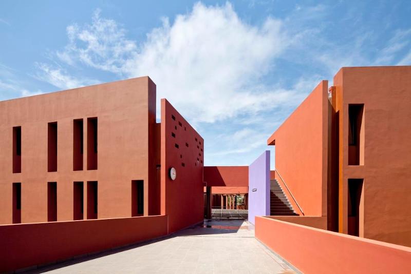 Le lycée français Jean-Mermoz à Dakar