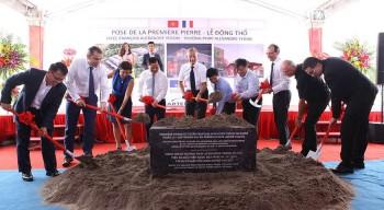 Pose de la première pierre du nouveau lycée français Alexandre-Yersin de Hanoï