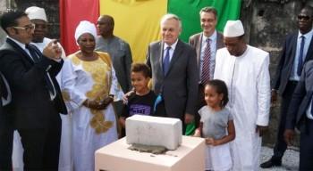 Visites et inaugurations : le ministre des Affaires étrangères et du Développement international aux lycées français de Rangoun, Shanghai et Conakry