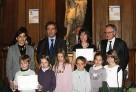 Une classe de CP du réseau colauréate du 1er prix «La main à la pâte 2010» décerné par l'Académie des sciences