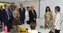 Le ministre de l'Europe et des Affaires étrangères M. Le Drian accueilli par la communauté scolaire à Fès