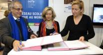 L'AEFE et l'ONISEP renouvellent leur convention de partenariat à l'occasion du Salon de l'éducation