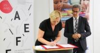 L'AEFE et le Mémorial de la Shoah signent une convention de partenariat