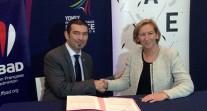 Signature d'une convention entre l'AEFE et la Fédération française de badminton