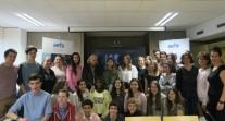 Des lycéens de Porto à la rencontre d'Élisabeth Badinter