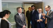 Visite de Jean-Baptiste Lemoyne à l'AEFE : visite des bureaux