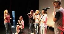 Les Jeux internationaux de la jeunesse... en chantant