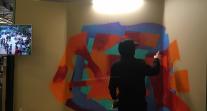 J6 de #SemaineLFM au Salon européen de l'éducation : l'artiste en train de créer son œuvre éphémère
