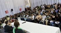 Jérôme Ferrari, prix Goncourt 2012, à la rencontre des élèves au Liban à l'occasion du Salon du livre francophone de Beyrouth
