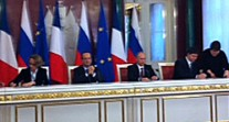 Moscou : signature du bail d'extension du lycée français en présence du président de la République et du président de la Fédération de Russie