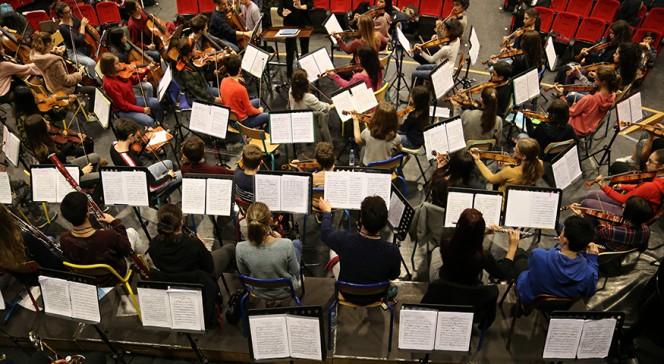 L'Orchestre des lycées français du monde (saison 4) à Madrid : vue en plongée