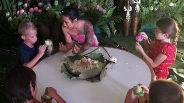 Atelier fleurs pour les enfants du lycée de Bangkok