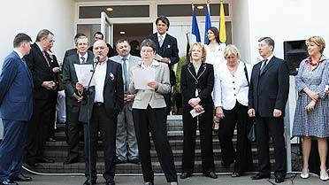 <strong>Discours lors de l'inauguration.</strong> © AEFE 2010