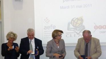 Remise de médailles des 20 ans de l'AEFE
