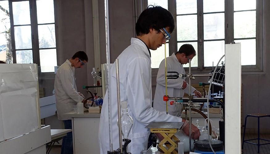 Ibrahim au laboratoire