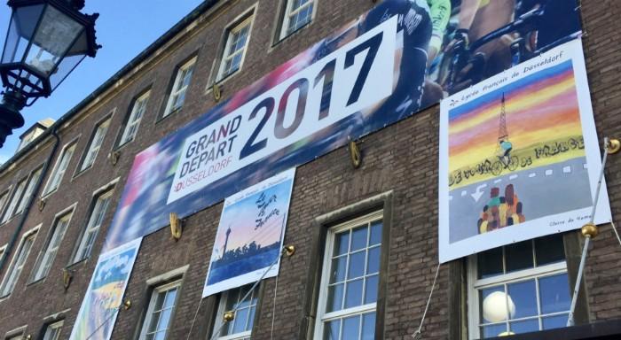 La mairie de Düsseldorf aux couleurs du Tour