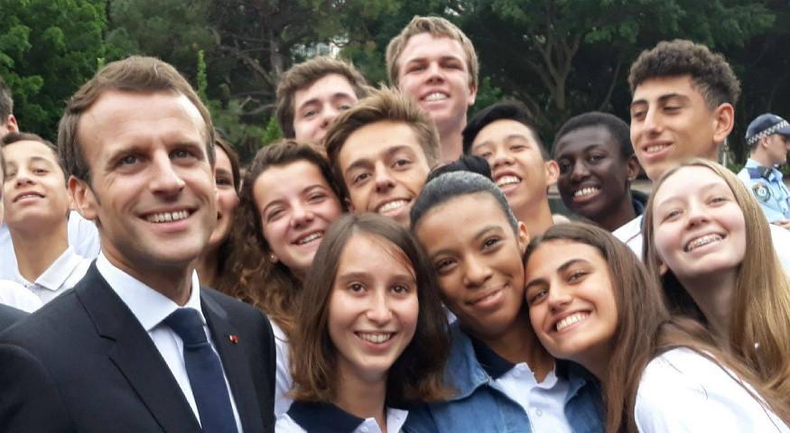 Selfie avec le président de la République