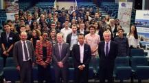 Promotion 2016 des boursiers Excellence-Major : photo de groupe à Paris