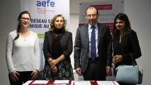 """Signature de convention entre l'AEFE et l'association """"Elles bougent"""" : les signataires et d'anciennes élèves ingénieures"""