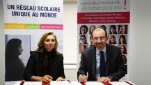 """Signature de convention entre l'AEFE et l'association """"Elles bougent"""""""