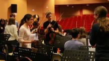 L'Orchestre des lycées français du monde (saison 4) à Madrid : installation avant la répétition