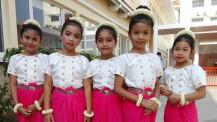 Inauguration des nouveaux locaux du lycée René-Descartes de Phnom Penh : danseuses