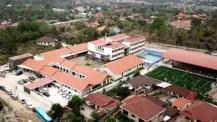 Inauguration des nouveaux locaux du lycée français international Josué-Hoffet de Vientiane : vue aérienne