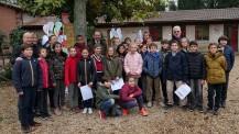 SemaineLFM : photo de groupe au parc Strohl-Fern, l'un des sites du lycée Chateaubriand de Rome