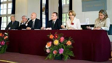 L'AEFE reçoit le prix du Rayonnement français 2010