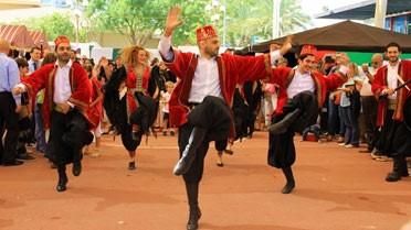 Danses traditionnelles arabes.