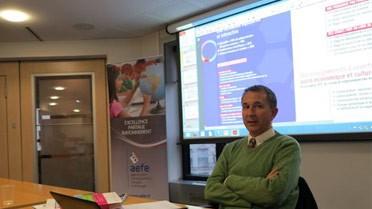 Michel Muller présente les derniers outils de l'ONISEP.