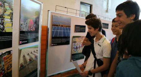 Exposition au lycée de Hong Kong