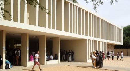 Façade du lycée français de Nouakchott