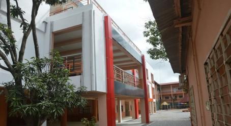 Nouveau bâtiment du lycée français Albert-Camus de Conakry