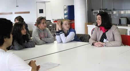"""Une marraine """"Elles bougent"""" au Lycée français de Madrid"""