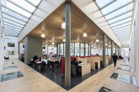 La bibliothèque du campus de Reims