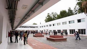 Le collège Pierre-Mendès-France de Tunis