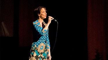 Johanna Arrouas interprétant l'Hymne à la joie